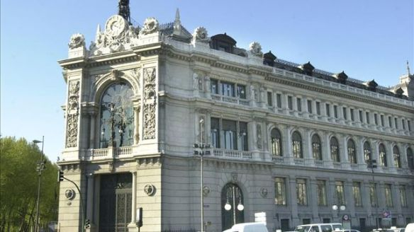 Espana-millones-intereses-minimos-historicos_EDIIMA20140206_0364_4